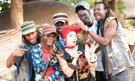 L'avventura di Corinna Fiora, cantante e copyriter a Dakar