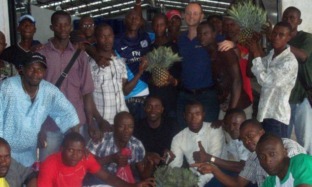 Dal frutto dal succo: la sfida di Claudio Scotto in Sierra Leone