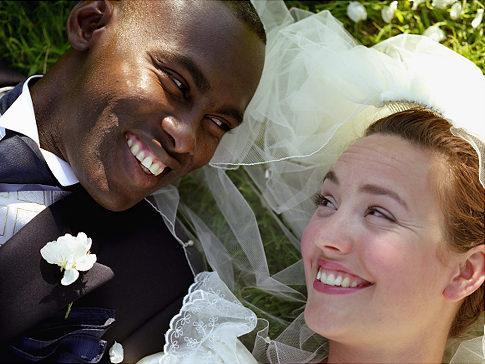 Mamma, ho sposato un nero!
